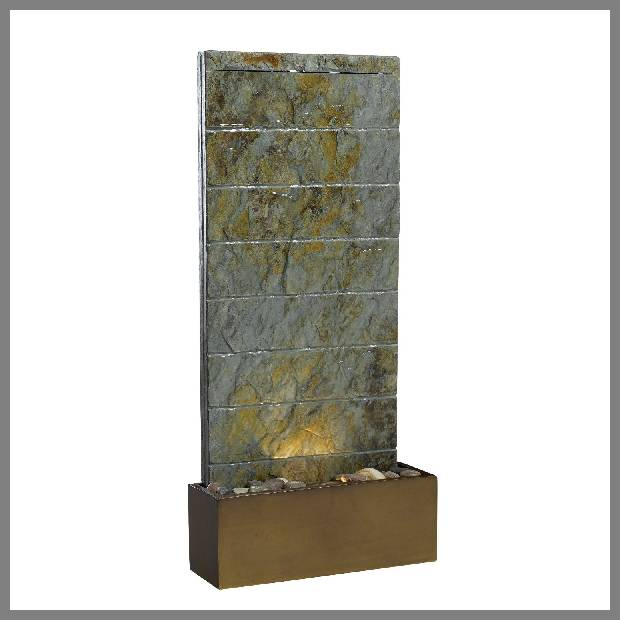 Lighted wall fountain