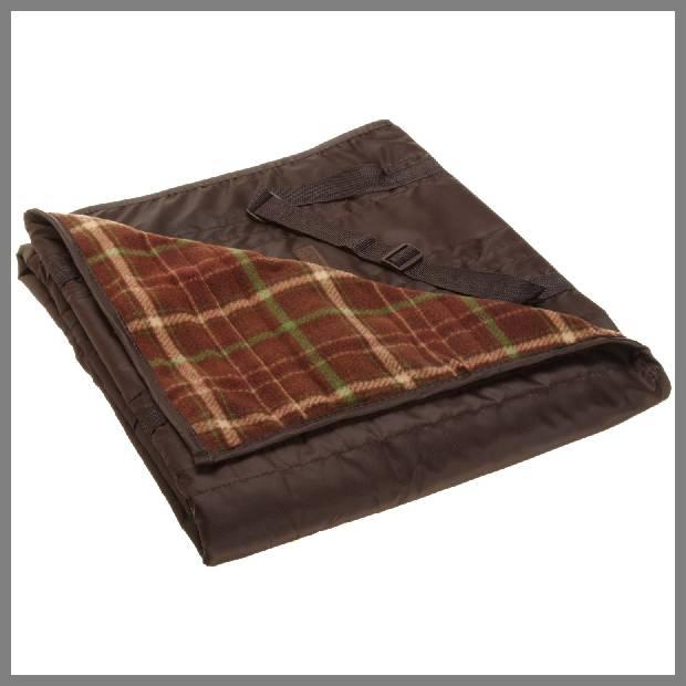 Outdoor throw blanket